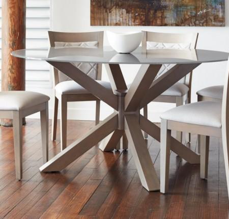 Table avec dessus de verre Bermex